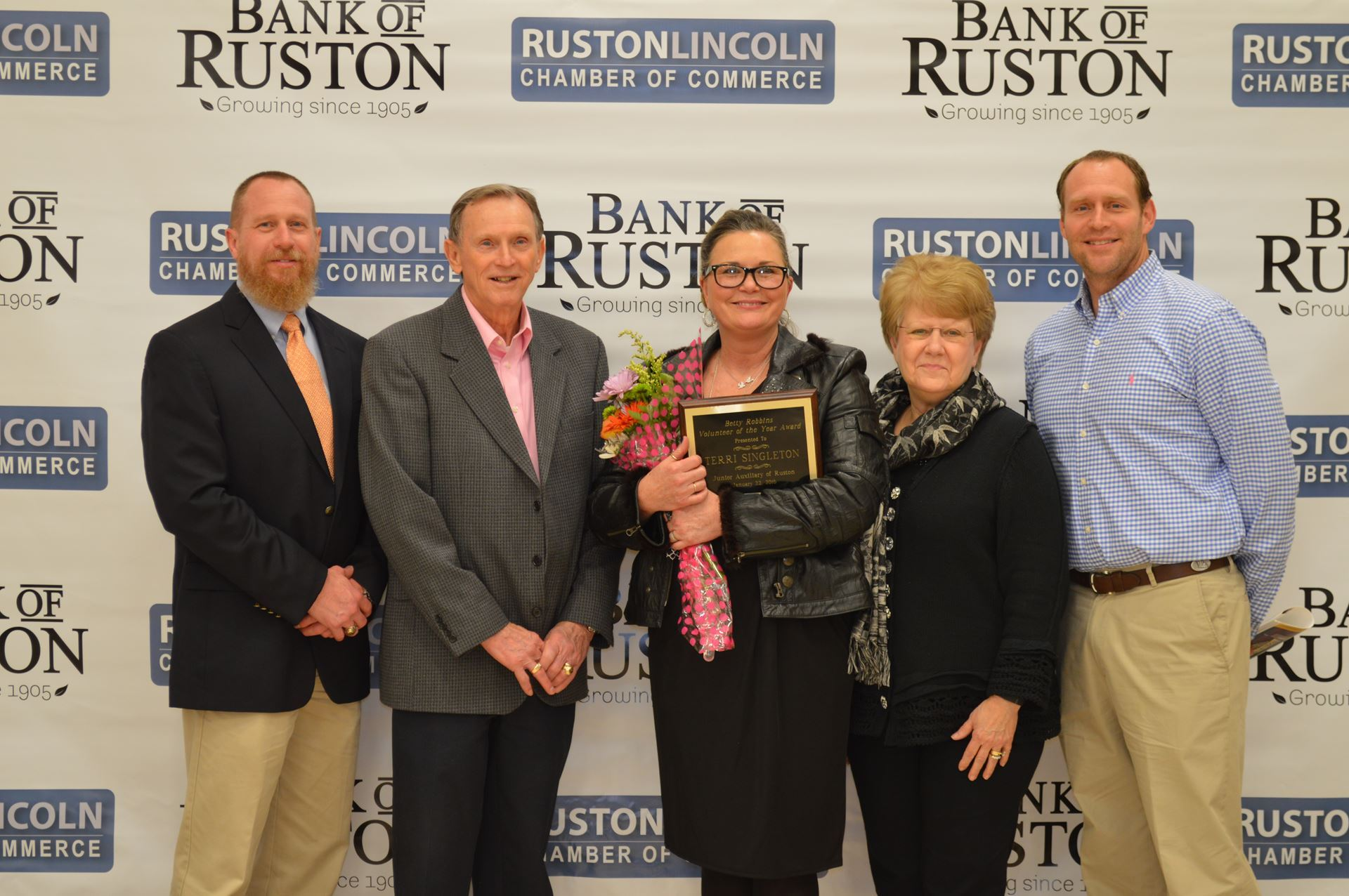 The Robbins Family pictured with Award Winner, Terri Singleton